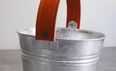 main_hero_fullwidth_height_casa-midy-orange-bucket