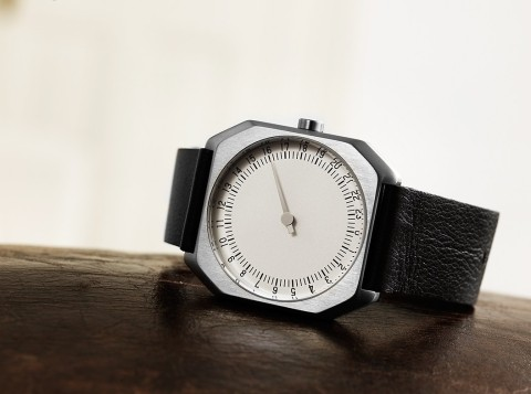 7_horizontal_-_slow_jo_05_-_swiss_made_24_hour_one_hand_wrist_watch_gmt_movement_black_leather_strap_silver_case_silver_dial
