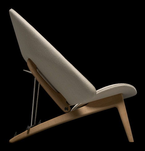 Hans-Wegner-Tub-Chair_dezeen_468_3,jpg