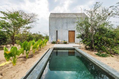 airbnb-oaxaca-mexico-swimming-pool